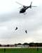"""Policiais Civis fazendo uma demonstração com rapel no Eurocopter/Helibrás AS-350 BA """"Esquilo"""", apelidado pelos policiais de Pelicano 4, PP-OCZ, da Polícia Civil paulista."""
