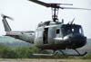 Bell UH-1H, FAB 8703, da Base Aérea de Santa Maria/RS, taxiando para decolar. (02/09/2007)