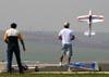 Aeromodelismo. (25/09/2010) Foto: Bruno Schmidt.