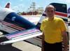 Comandante Augusto Pagliacci Júnior, ex-proprietário do Sukhoi SU-26, PT-ZSK, aeronave que Cesar Albuquerque pilotava quando sofreu um acidente fatal ao sair de um parafuso no dia 1° de abril de 2007, em Americana. Esta foto foi feita um dia antes da tragédia.