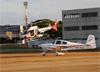 """Eurocopter/Helibras AS-350B2 Esquilo, PR-SPD, da Polícia Militar do Estado de São Paulo, chamado """"Águia 17"""", e Van's RV-10, PR-ZUA. (18/06/2017)"""
