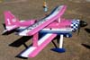 Aeromodelo Ultimate 10-330S rádio-controlado, imitando o Brazilian Wingwalking Airshows. Foto: Júnior JUMBO.