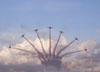 Tucanos da Esquadrilha da Fumaça realizando um desfolhado.