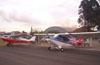 Aviões do Aero-clube de Rio Claro. Em primeiro plano, um Paulistinha e depois um Aero Boero 115.