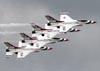 Os Lockheed F-16CJ Fighting Falcon dos Thunderbirds. (16/04/2010) Foto: Celia Passerani.