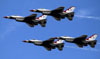 Os Lockheed F-16 Fighting Falcon dos Thunderbirds. (30/03/2012) Foto: Celia Passerani.
