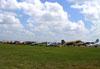 Aeronaves estacionadas no aeroporto Linder Regional. (27/03/2012) Foto: Celia Passerani.