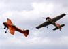 Yakovlev Yak-55, N921GR (esquerda) e N922GR, do Twin Tigers Aerobatic Team. (02/04/2019)