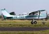 Cessna 150F, PR-FAO, do Aeroclube de Piracicaba. (10/08/2013) Foto: Ricardo Frutuoso.