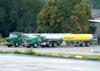Caminhões da BR Aviation. (21/07/2010)