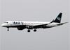 Embraer 195AR, PR-AXG, da Azul. (23/04/2014)