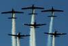 """T-27 Tucanos 1, 2, 3, 4, 5 e 6 da Esquadrilha da Fumaça realizando um """"espelhão"""". (01/07/2007)"""